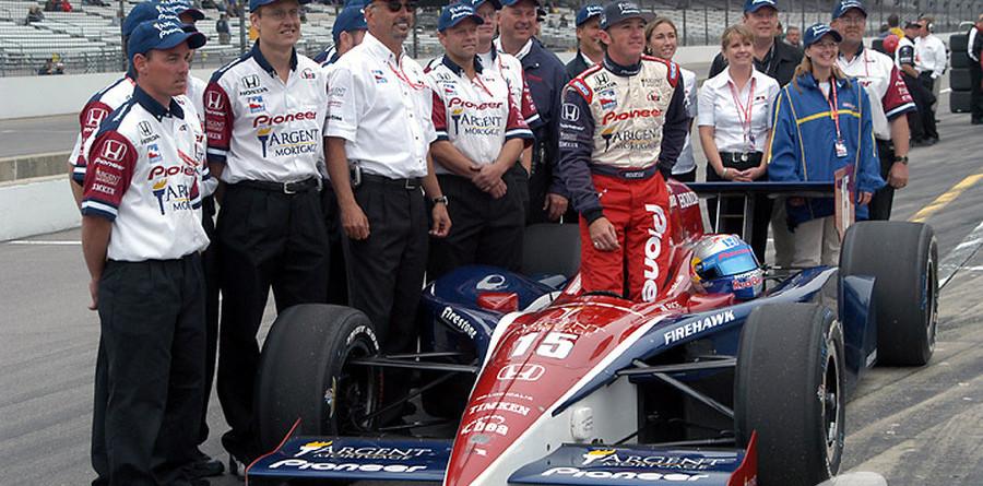 IRL: Rahal-Letterman team wins Indy Pit Stop Challenge