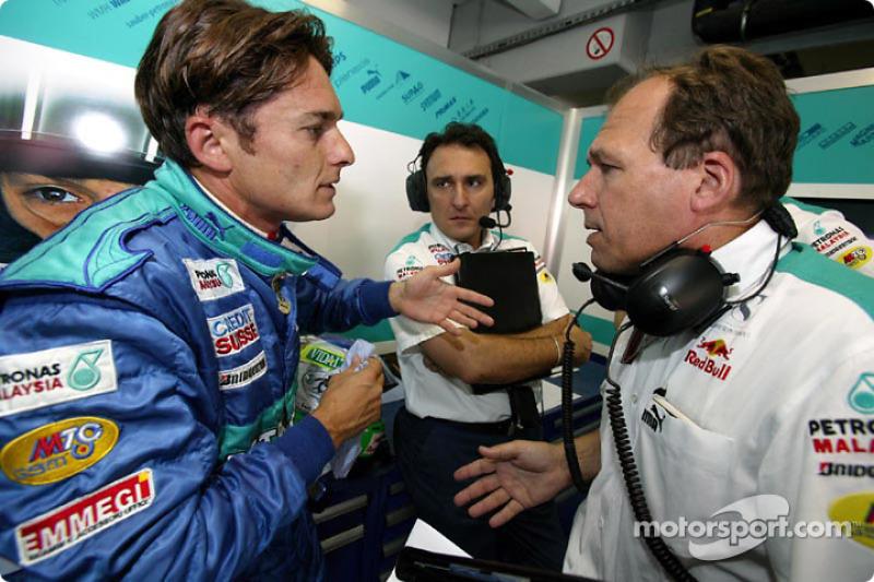 Renault announces 2005 driver line up