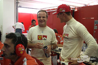 Schumacher aims to keep Ferrari in front