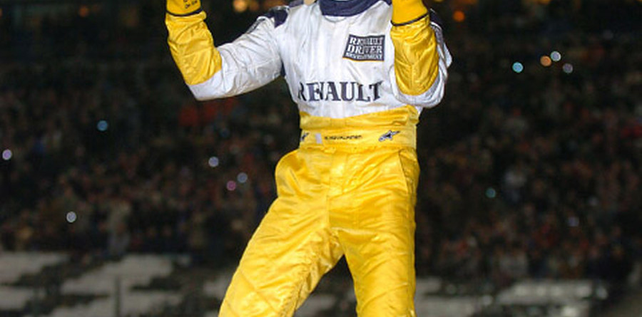 Kovalainen stuns competition in Race of Champions