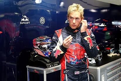Ex-F1 trapaceia em corrida online e recebe críticas
