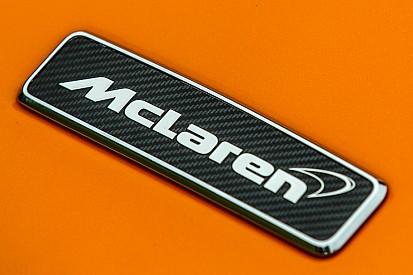 Spy-Shot: Neuer McLaren für 2018 bei Roll-out orange