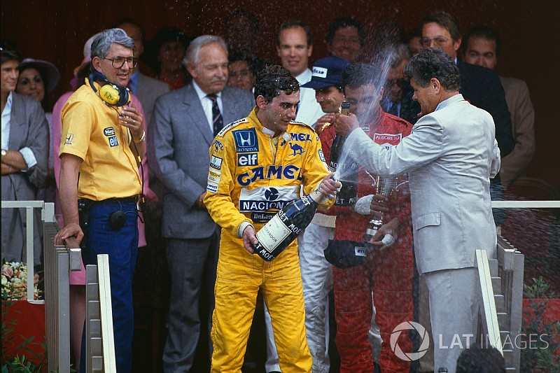 Subastarán traje de primera victoria de Senna en Mónaco