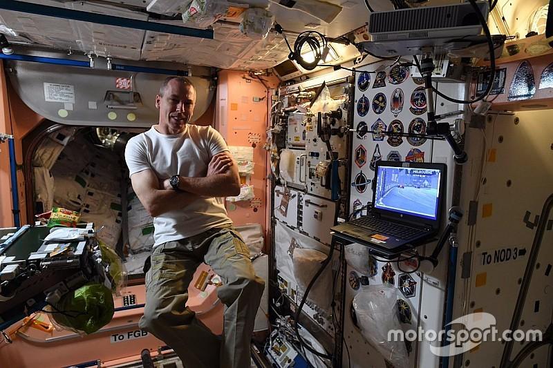 Американский астронавт посмотрел Гран При Австралии из космоса