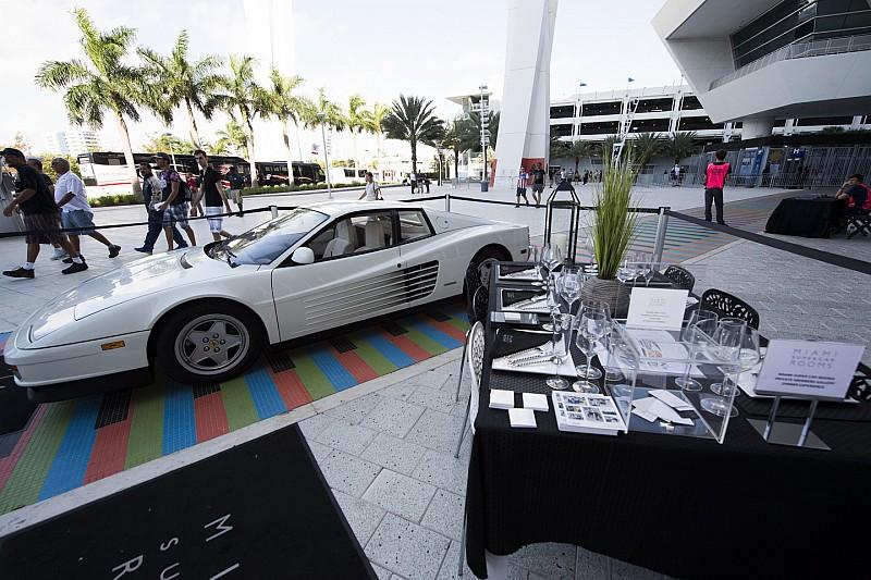 Hamilton akarja megtervezni a Miami Nagydíj vonalvezetését