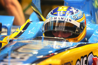 Alonso sets the pace in Monaco GP first practice