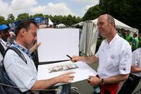 Dr. Ullrich receives Spirit of Le Mans award