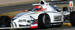 Formula BMW Eng takes World Final pole position