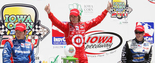 IndyCar Wheldon masters the Iowa Speedway for the win