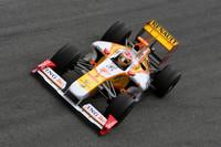 Alonso sweeps to speedy Jerez Wednesday test