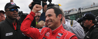 IndyCar Castroneves races to Indy 500 pole position