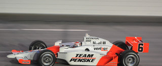 IndyCar Briscoe edges Carpenter at Kentucky