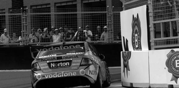 Whincup set for back to back titles