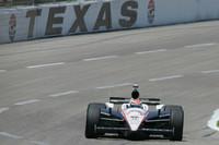 Briscoe grabs flag-to-flag Texas victory