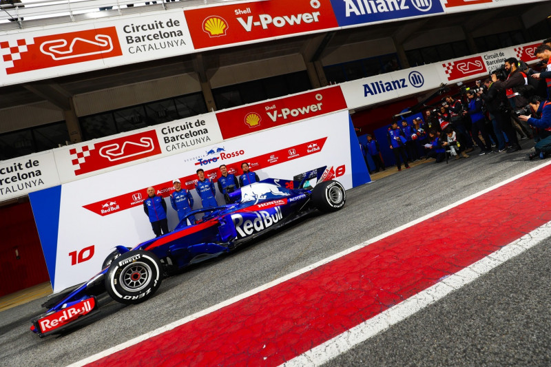 """Frühstarter"" Toro Rosso gibt Präsentationstermin des STR14 bekannt"