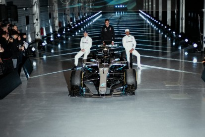 Am 13. Februar: Mercedes zeigt neues Auto, aber nur mit Shakedown