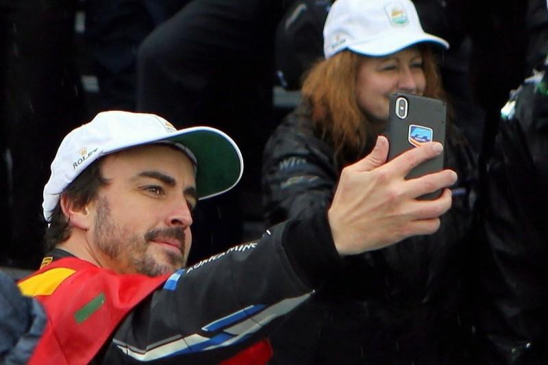 """Rene Binder: Leistung von Fernando Alonso war """"absolute Extraklasse"""""""