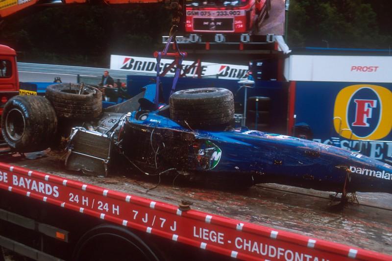Luciano Burti Erinnert Sich An Spa Unfall 2001 Dank Ayrton Senna Noch Am Leben