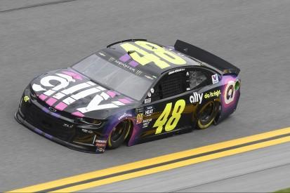 Clash in Daytona: Jimmie Johnson clasht sich zum ersten NASCAR-Sieg 2019