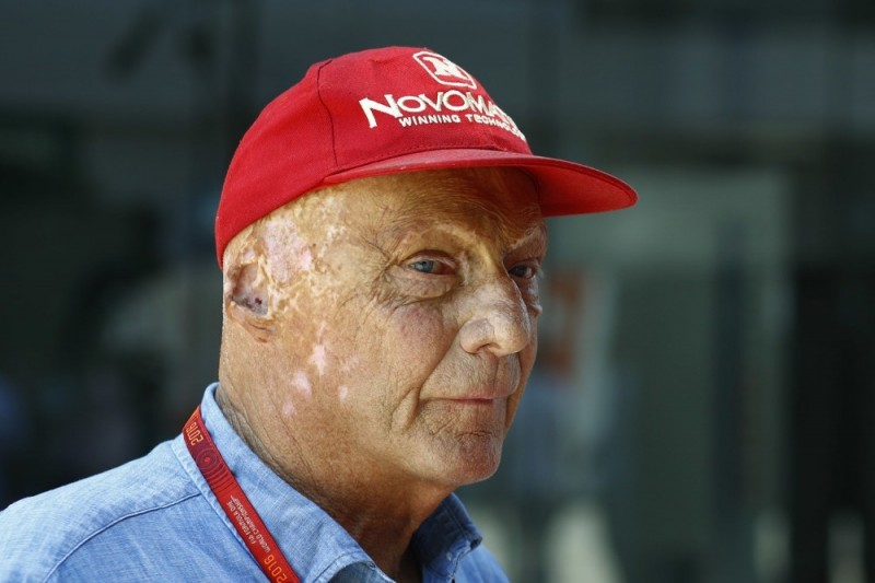 Niki Lauda: Rückkehr in die Formel 1 zunächst nur mit Mundschutz?