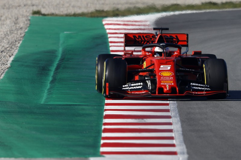 """""""Wir sind sehr stark"""": Vettel kündigt noch Quali-Runs von Ferrari an"""