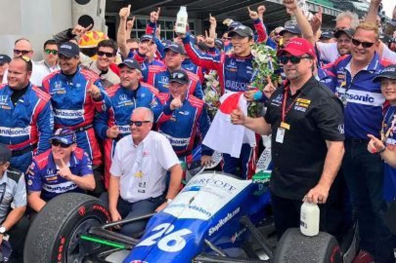 Sato wygrał Indy
