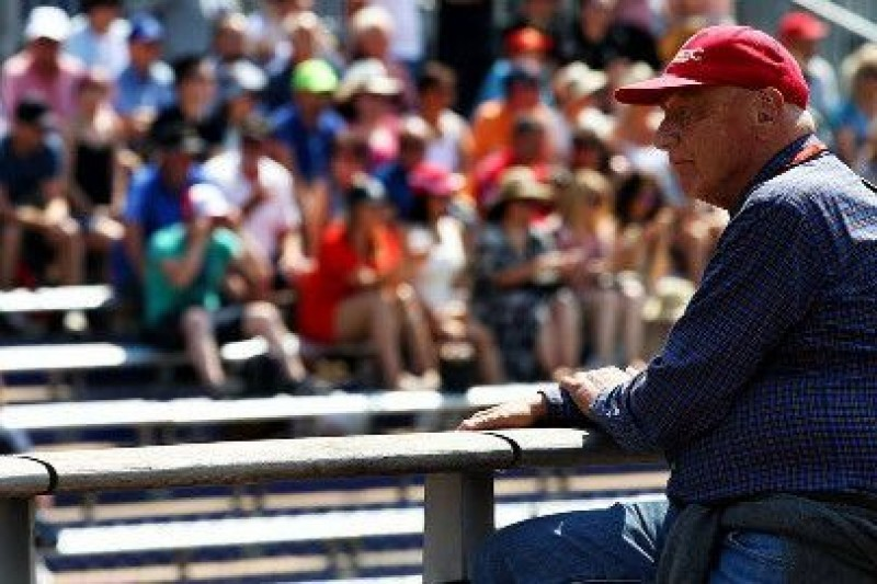 Lauda: Vettel na dobrej drodze do mistrzostwa