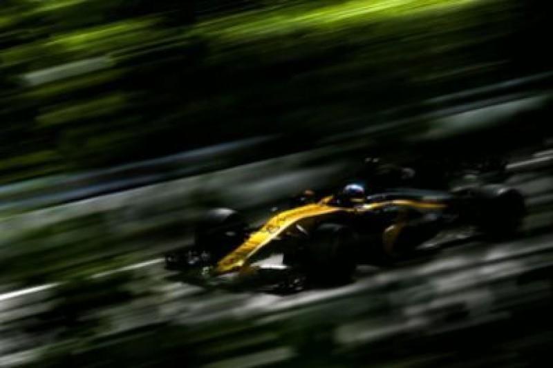 Renault rozważa czwartego klienta