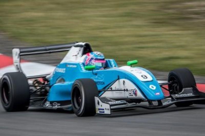 Defourny z pole position
