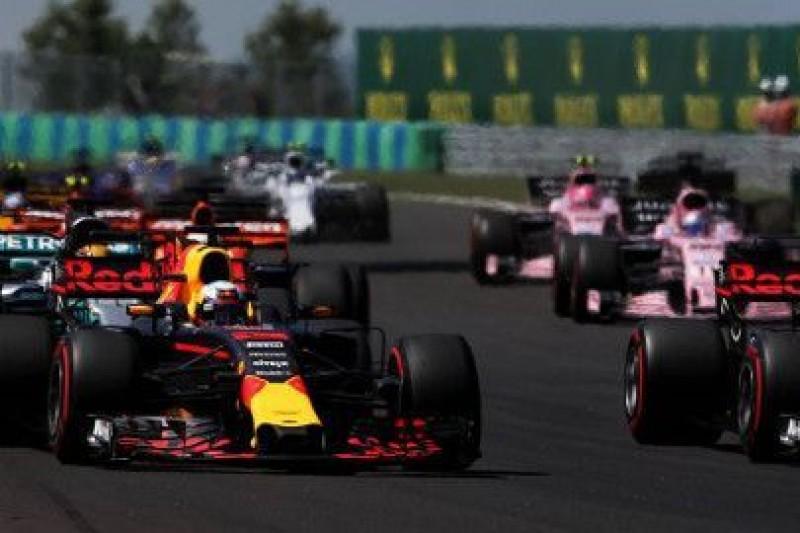Verstappen przeprosił Ricciardo