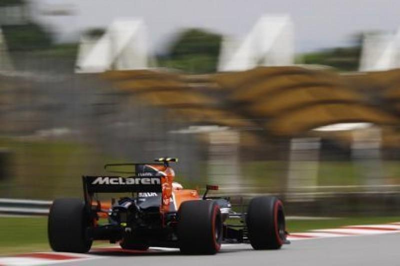 Honda blisko Renault