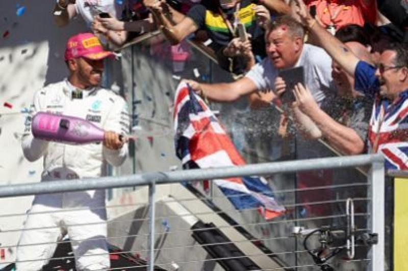 Massa: Hamilton jest na poziomie legend