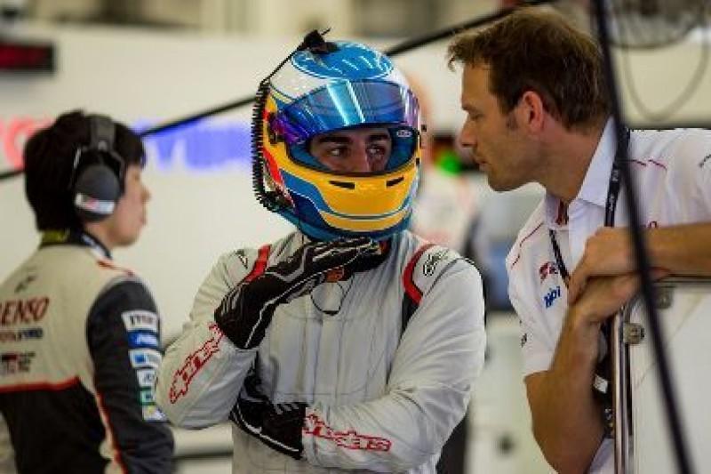 Długie przejazdy Alonso