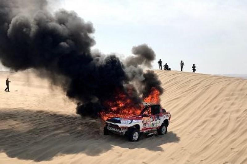 Spłonęła Toyota Reiny
