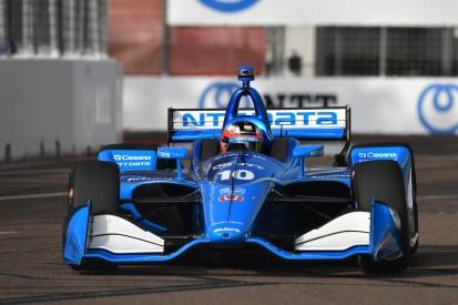IndyCars Super-Rookie Rosenqvist fuhr halbes Rennen mit einer Hand