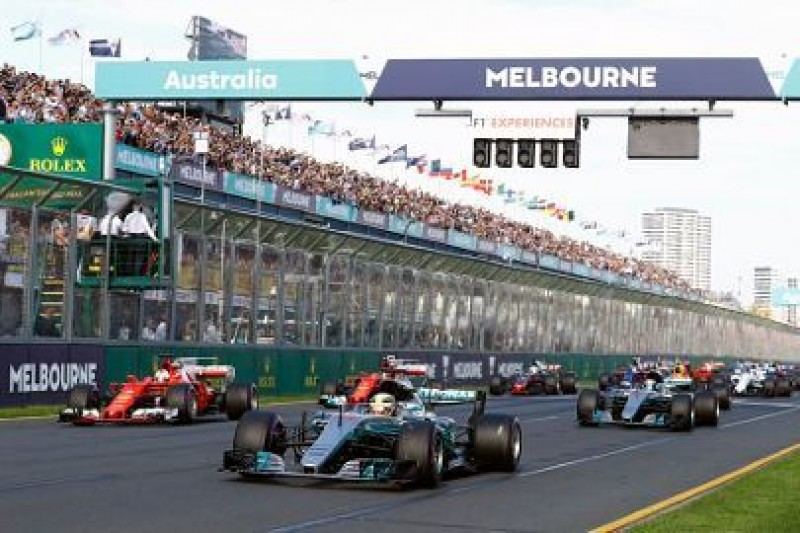 Rosberg radzi rywalom Hamiltona