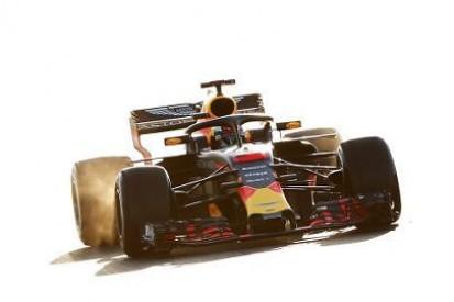 Hamilton stawia na Ricciardo
