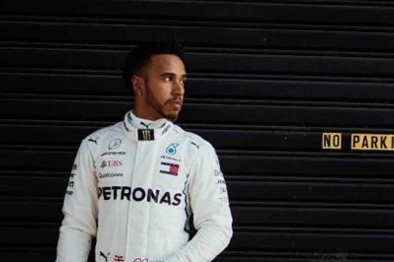 Hamilton chce podjąć świadomą decyzję