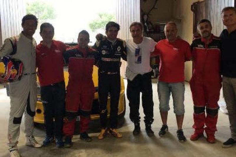 Dwóch Sainzów, Webber i Coulthard w Clio N5