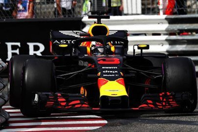 Red Bull Racing nadal zwleka
