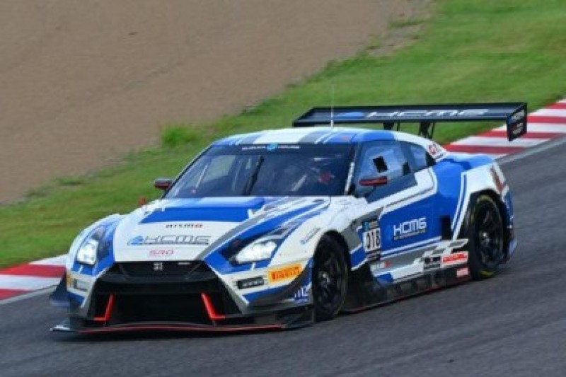 Nissan na czele