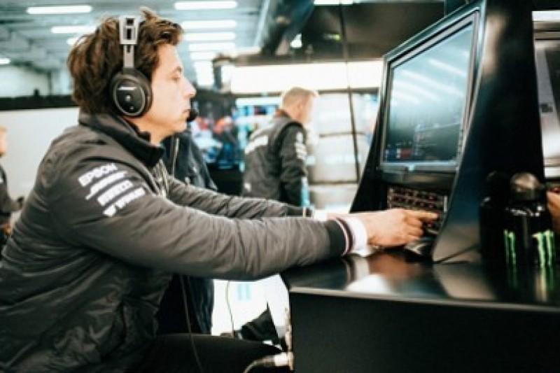 Mercedes rozważy polecenia zespołowe