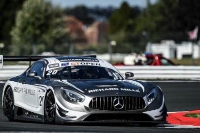 Pierwszy rząd dla Mercedesa