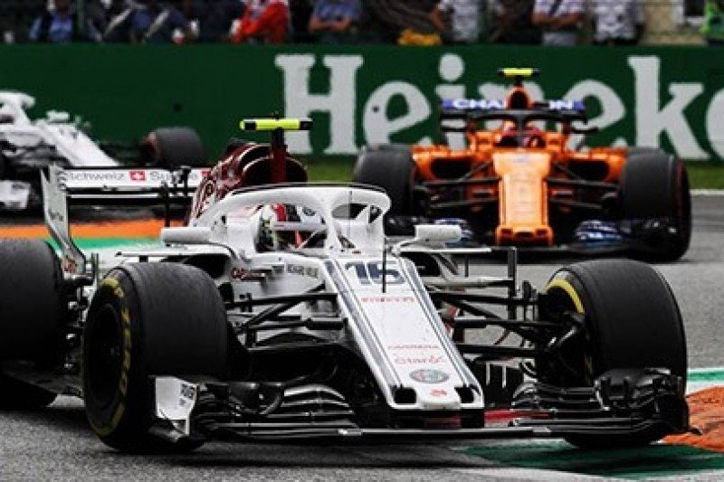 Leclerc jednak trafi do Ferrari?