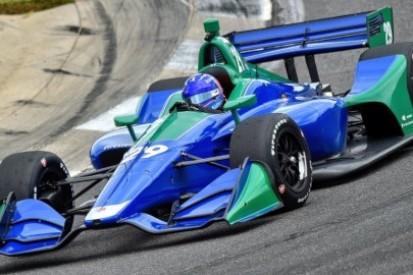 Alonso testuje