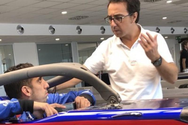 Buemi odwiedził Toro Rosso