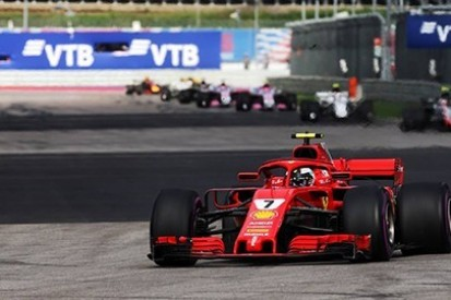 Hamilton kwestionuje decyzję Ferrari