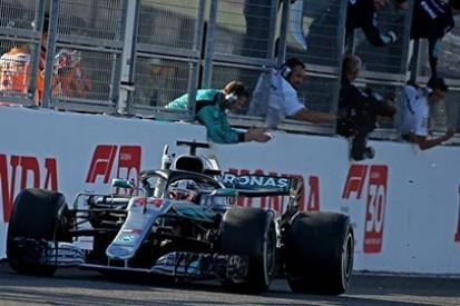 Hamilton zaskoczony spadkiem formy Ferrari