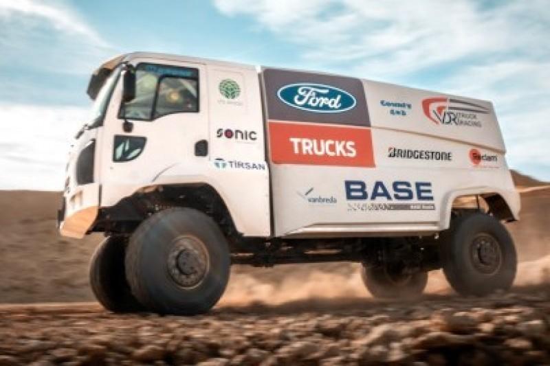 Ciężarówki Forda w Dakarze