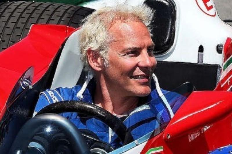 Villeneuve wsiada do Ferrari